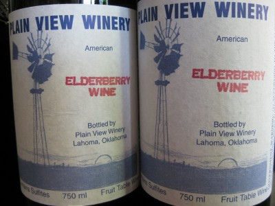 elderberry wine 10 Poisonous Fruit & Veg That We Actually Eat Every Day